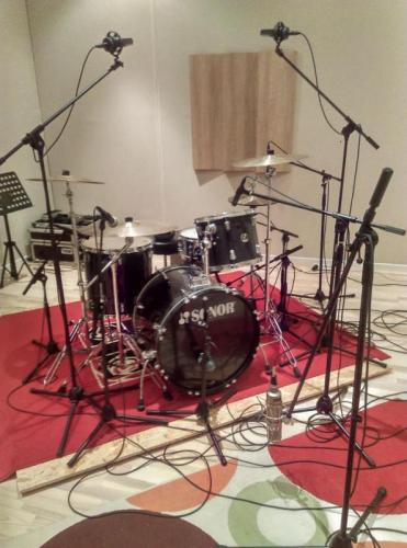 Guillaume mic kit in studio